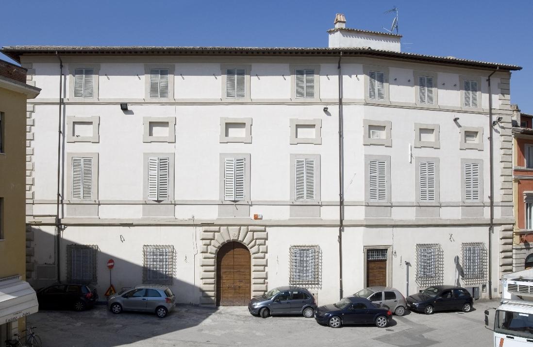 La facciata di Palazzo Elmi-Andreozzi